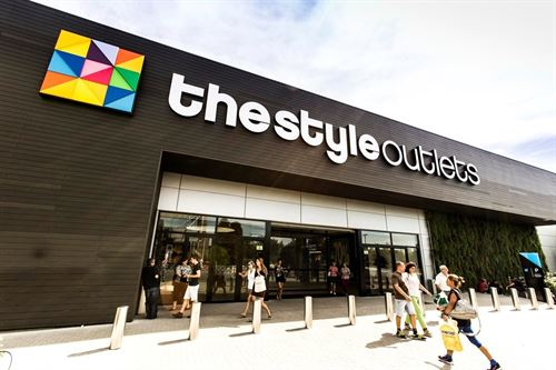 Donde comprar ropa de marca a precios bajos en madrid - Comprar ropa en portugal ...